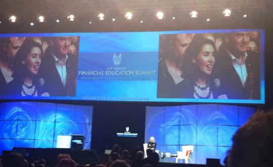 Melina Schamroth having conversation with Sir Richard Branson
